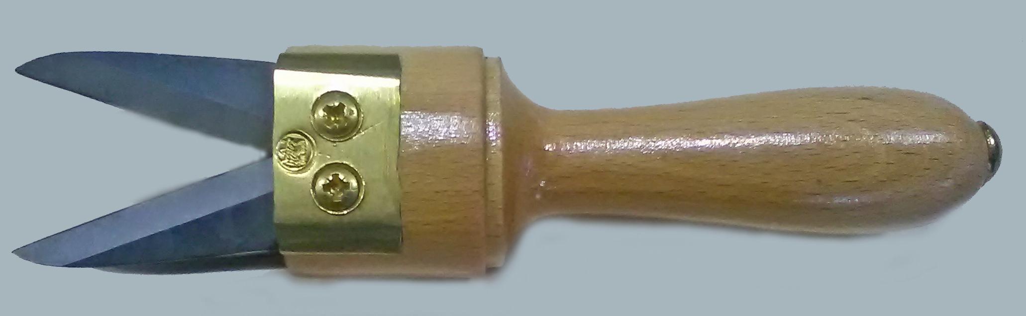 Navaja 4 cuchillas DB 266L